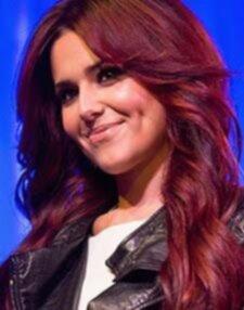 brun hårfärg med rött