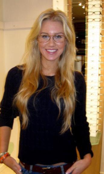 skype ledsagare litet bröst i Växjö