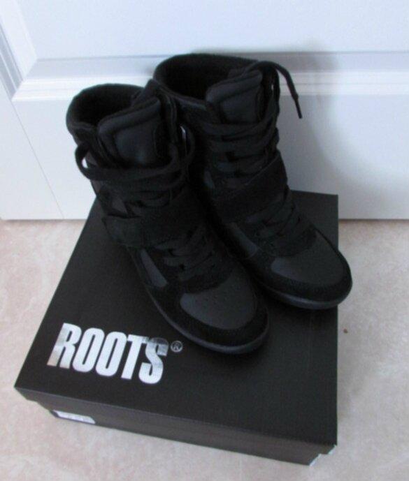 köpa roots skor